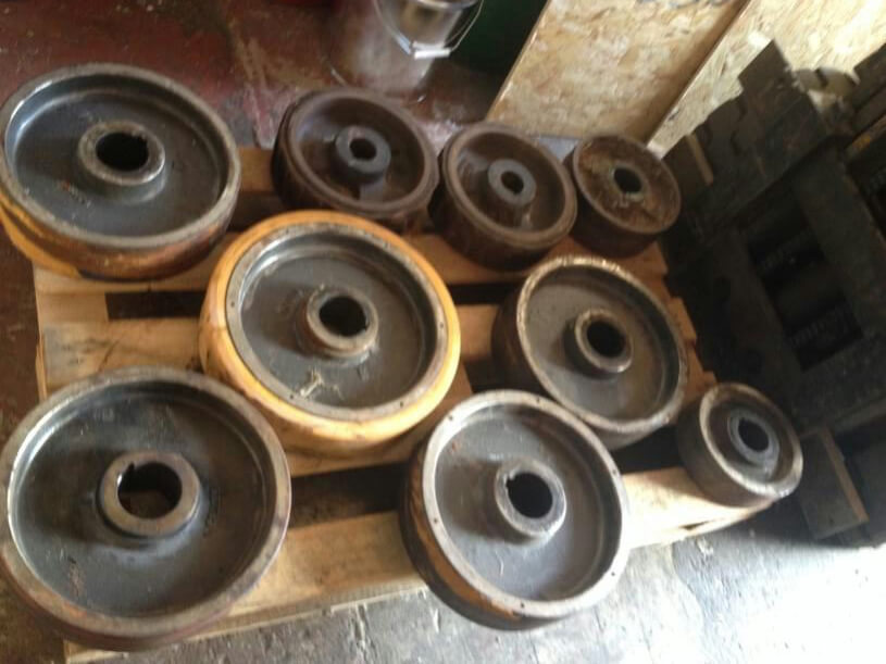 Old Used Polyurethane Wheels / Rollers